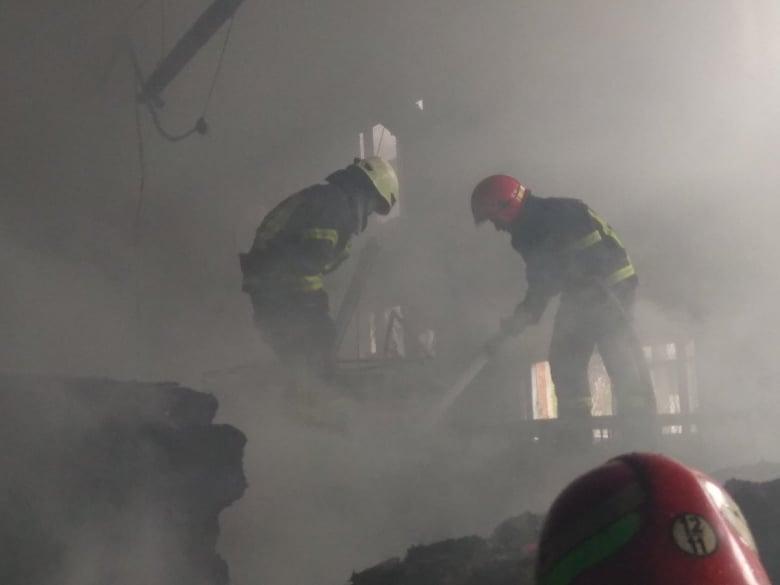 пожежники тушать пожар