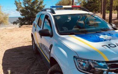 На Черкащині поліцейський відремонтував чужий автомобіль