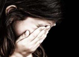 сексуальне насильство дитина плаче